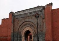 ворота 11-13 век и аисты.марракеш