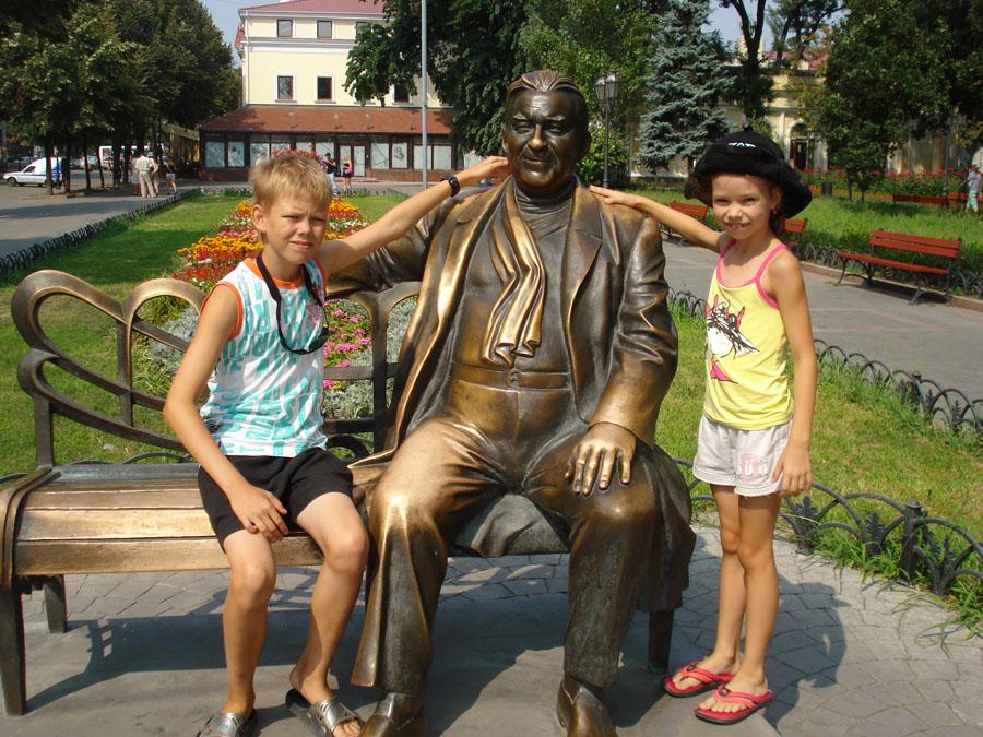 Памятник Утесов